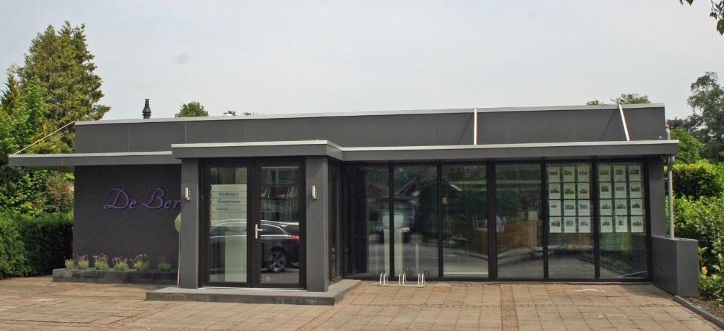 """Vitex Raalte Kantorencomplex """"De Berk"""" Burg. Kerssemakersstraat 32 b 8101 AN Raalte"""